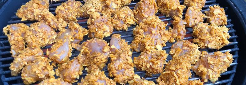 Selbstgemachte Chicken McNuggets mit Tortillas Chips